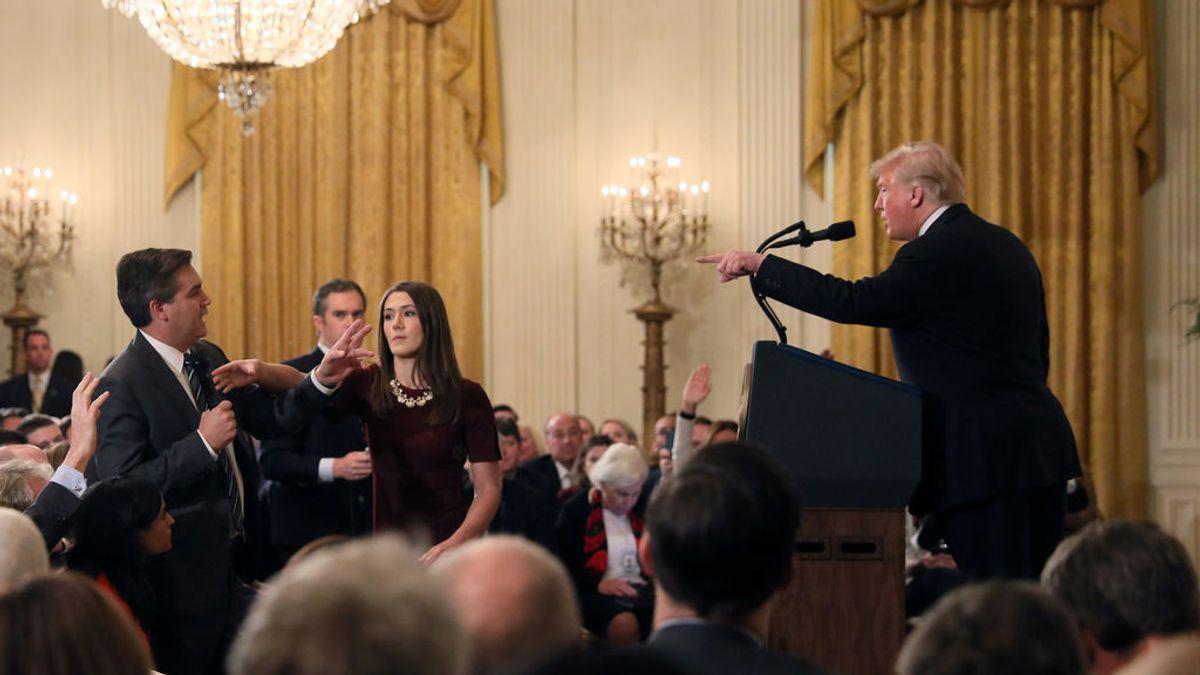 La Casa Blanca, obligada a devolver las credenciales al periodista de CNN denostado por Trum