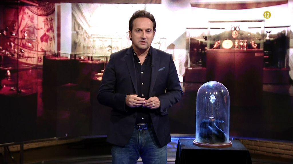 Cuarto Milenio | La lente de 3.000 años que desmonta las teorías de ...