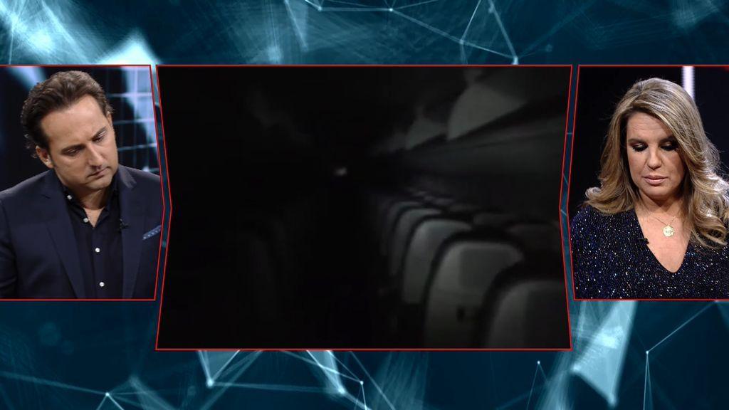 Cuarto Milenio | Un avión a oscuras, un ruido, una imagen y un ...