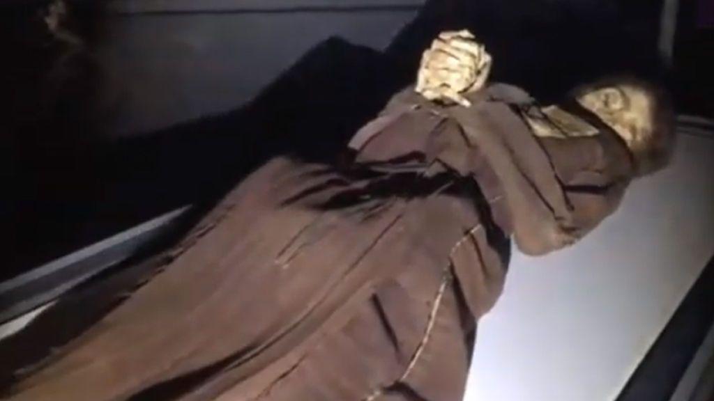 Una máscara de la muerte en perfecto estado: nos ponemos frente a una momia