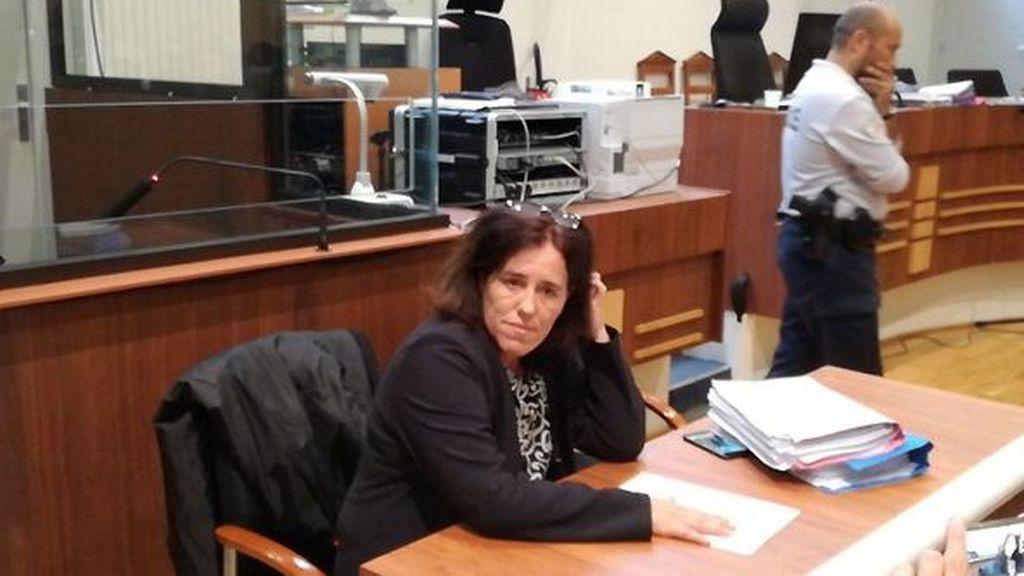 Condenan a 5 años de cárcel a la madre que encerró a su bebé en el maletero durante dos años