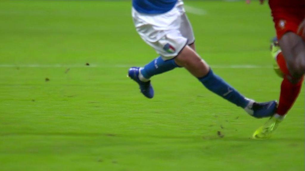 La dura entrada de Jorginho sobre Bruma que provocó las quejas de Portugal