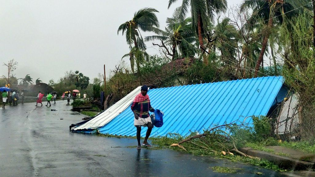 Mueren 33 personas a causa del paso del ciclón Gaja por el sur de India