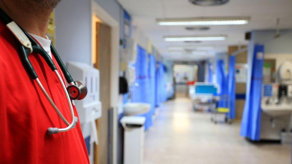 Una mujer demanda a un hospital por resucitarla tras un paro cardíaco