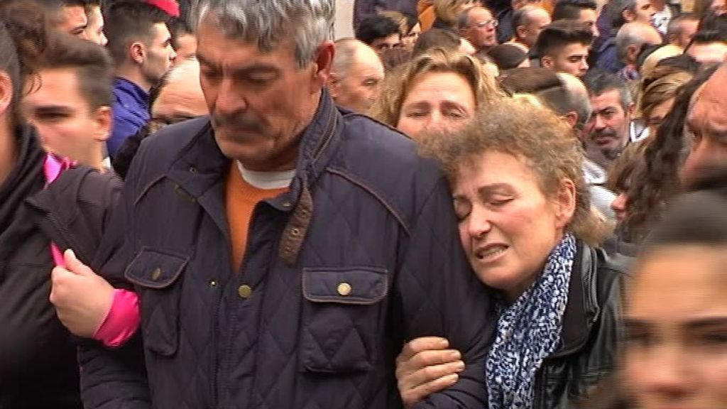 El triste adiós a los cuatro jóvenes fallecidos en el accidente de Úbeda