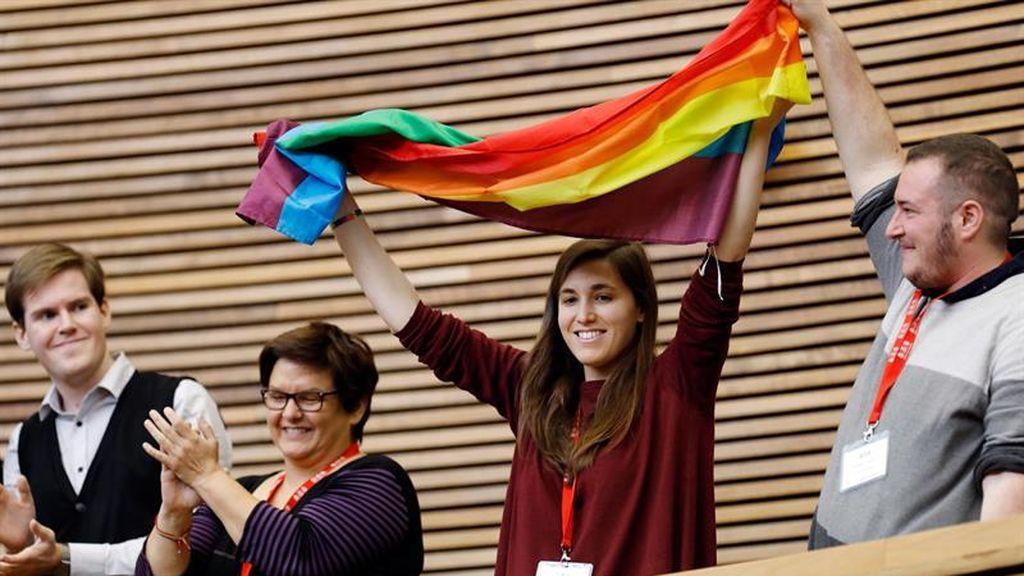 Valenciana multará las terapias de aversión LGTBI con 120.000 euros