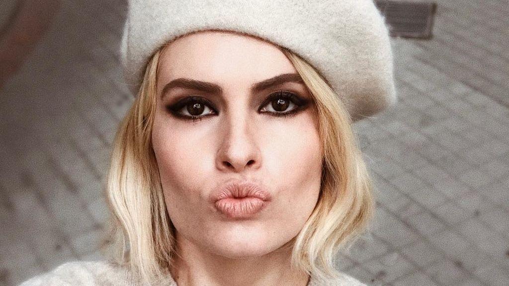 De rubia a morena: el sorprendente cambio de look de Adriana Abenia