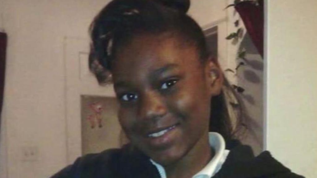 Sandra Parks, la niña premiada por su ensayo contra las armas, muere por una bala perdida a los 13 años