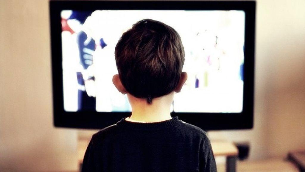 Solo el 11,4% de los hogares activa el control parental de la televisión