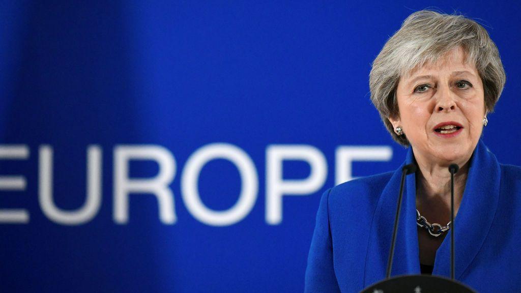 """May seguirá negociando """"para toda la familia de Reino Unido, incluido Gibraltar"""""""