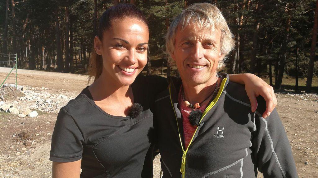 Lara Álvarez y Jesús Calleja, durante el rodaje de 'Planeta Calleja'.