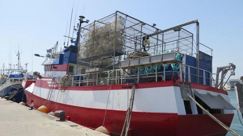 """El capitán del pesquero de Santa Pola teme un """"motín"""" a bordo si no hay """"una solución rápida"""""""
