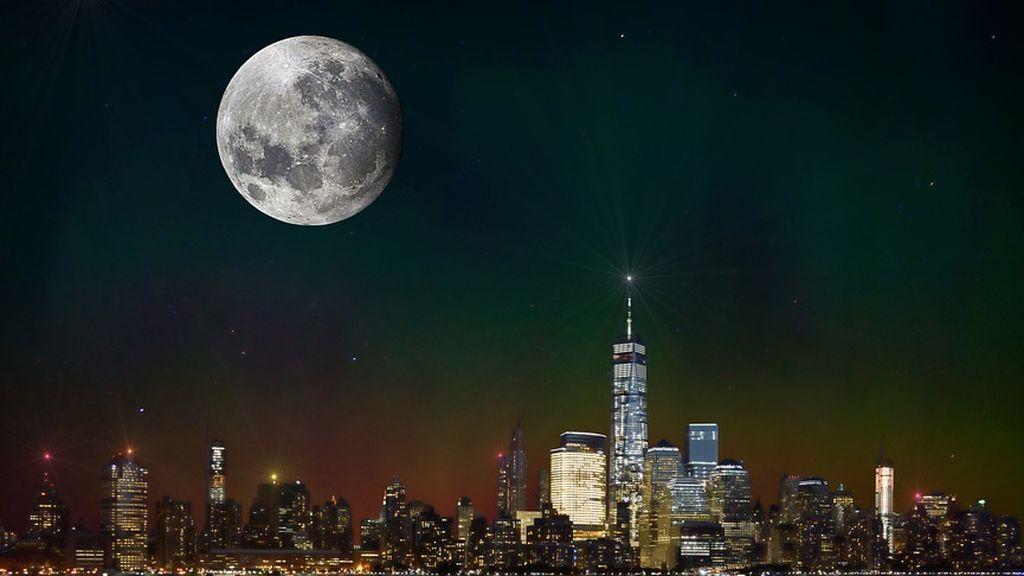 El invento de China para reflejar la luz solar y apagar las farolas: una Luna artificial