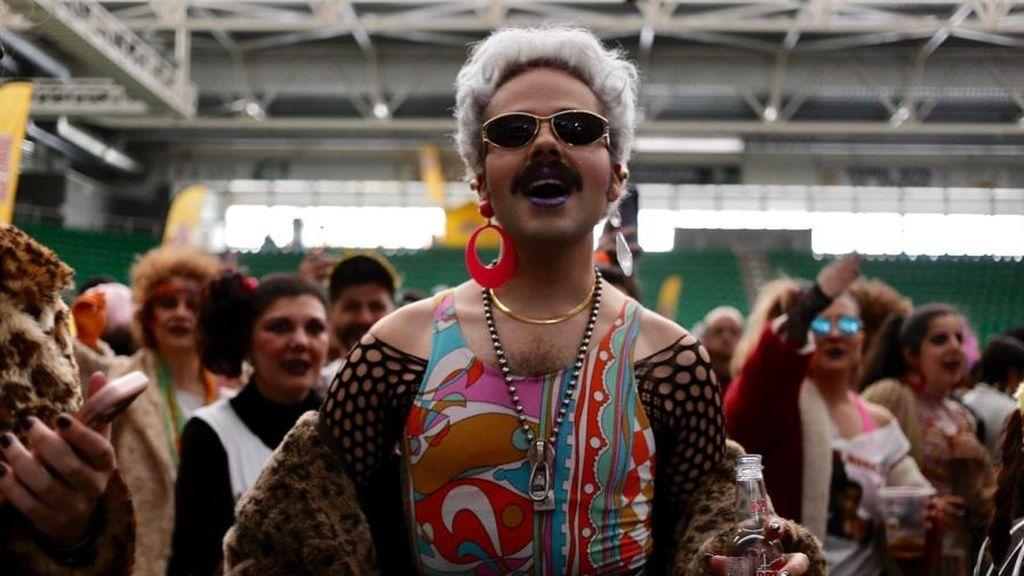 Los mejores looks del Horteralia, el festival con más leopardo y hombreras por metro cuadrado
