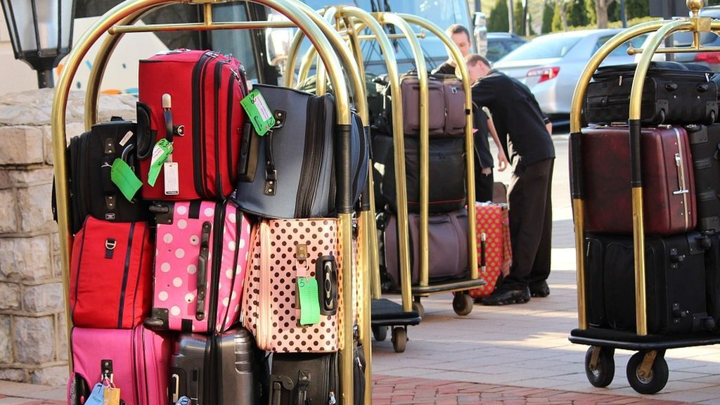 bellman-luggage-cart-104031_960_720