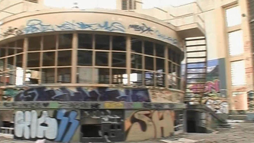 """Vecinos de Carabanchel: """"Debía ser un museo de sí mismo y no un museo del grafiti"""""""