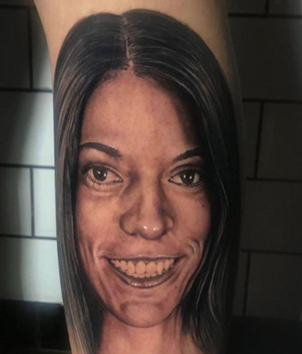 Valeria Quer se tatúa a su hermana en el cuerpo para no olvidarla nunca