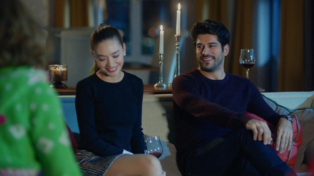 Kemal confiesa a Nihan que le ama con locura en un juego de verdad o atrevimiento