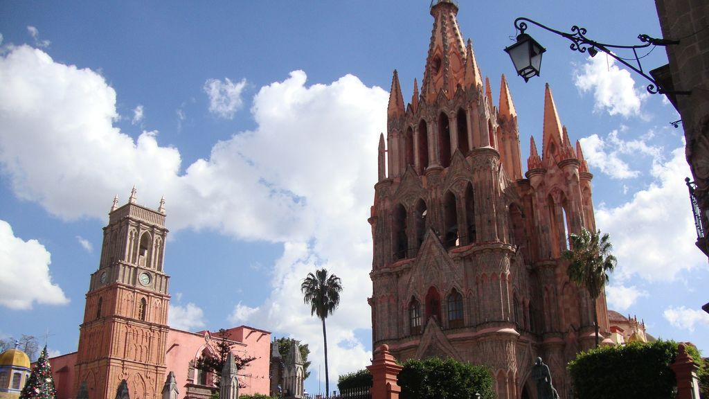 cathedral-423117_1920