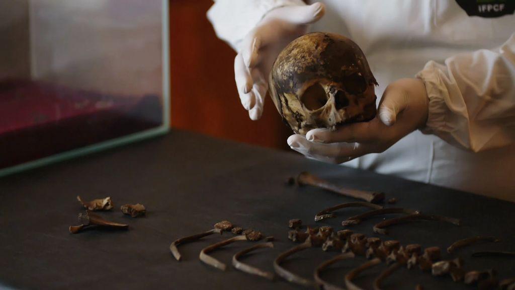 Cuarto Milenio | La historia del niño mártir, un cadáver velado por ...