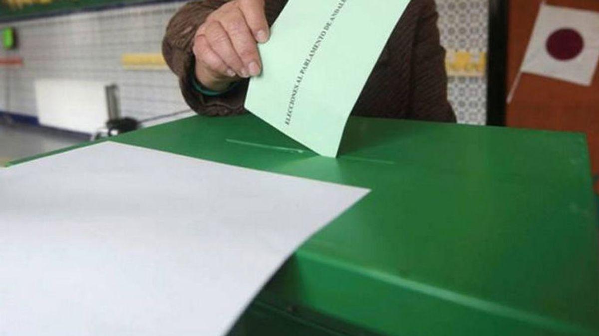 Baja cuatro puntos la participación en las elecciones de Andalucia respecto a 2015