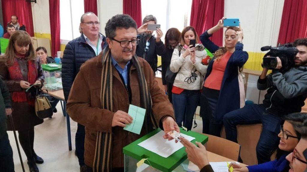 Terremoto Vox en Andalucía: rompe las encuestas y provoca un giro a la derecha