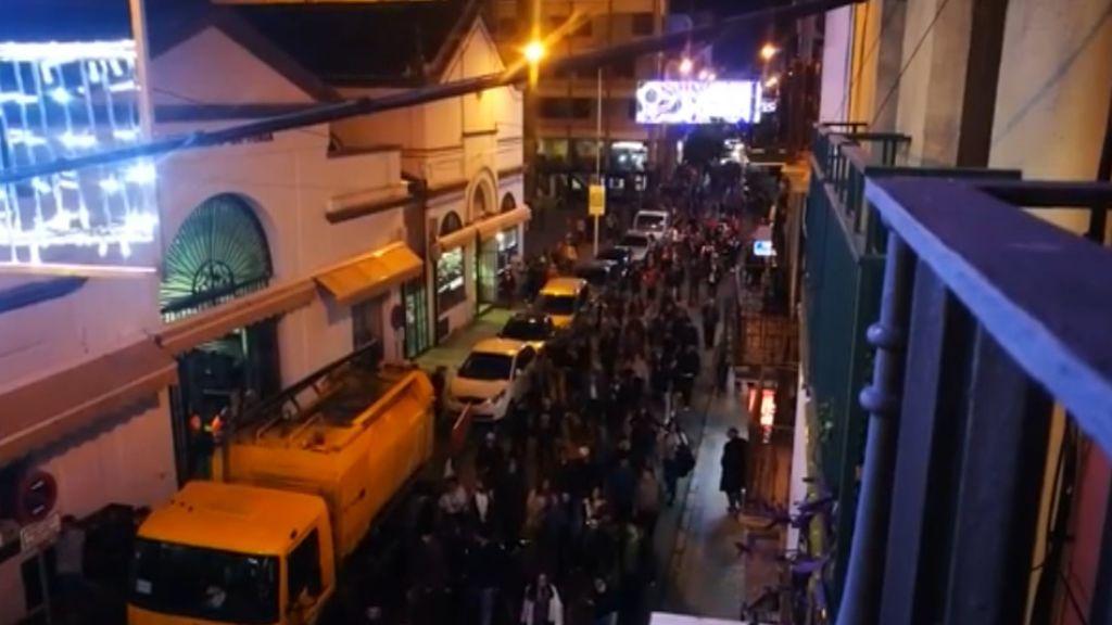 Los estudiantes de Sevilla salen a la calle en protesta por el auge de VOX en las elecciones