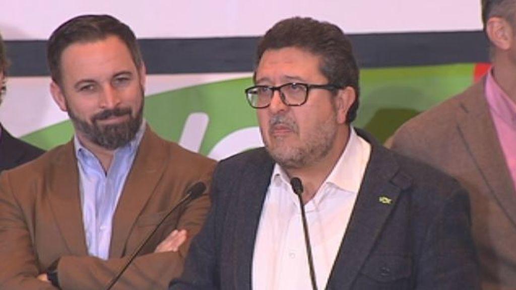 """Francisco Serrano: """"Vamos a acabar con la corrupción y el clientelismo que representa el PSOE"""""""