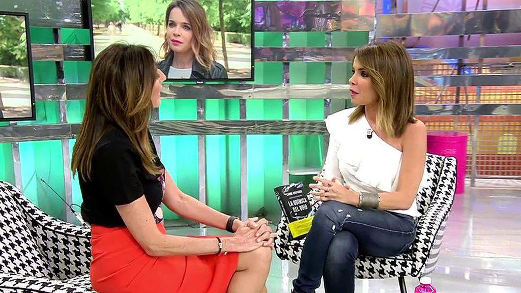 Carme Chaparro nos da detalles de su libro y confiesa cuál ha sido su momento más duro como presentadora
