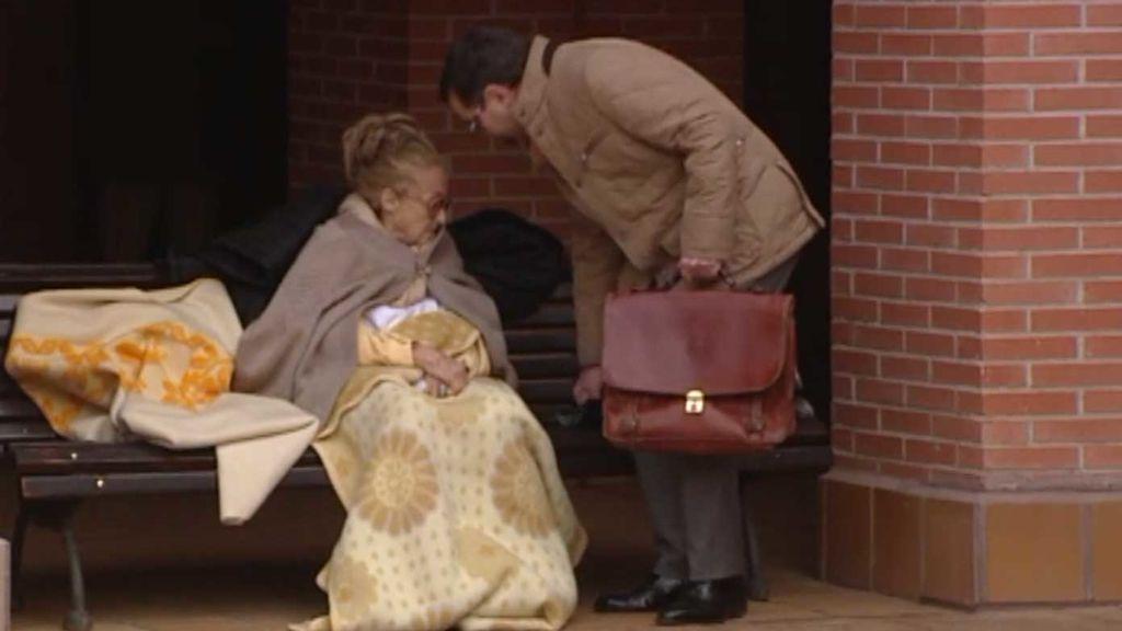 María, la anciana desahuciada en Madrid, acogida en casa de una amiga