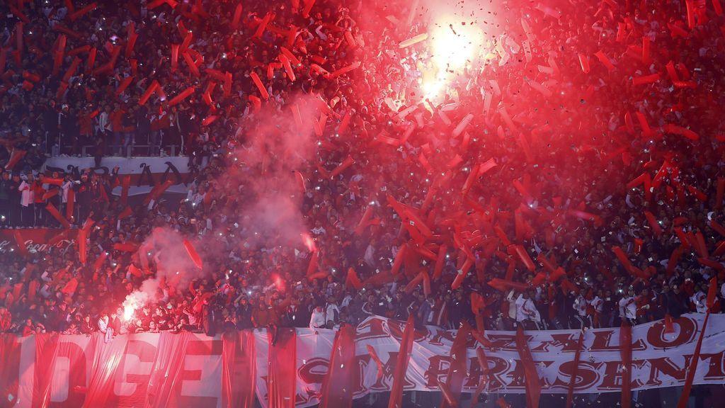 Alertan de la llegada de 'Barras Bravas' y el apoyo de ultras españoles para el partido entre River y Boca del Bernabéu
