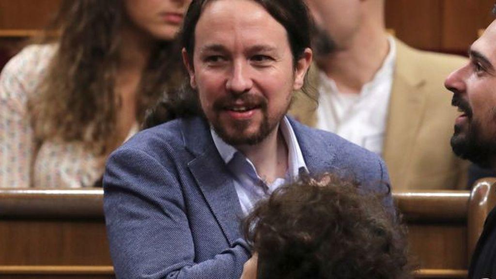 Pablo Iglesias y Alberto Garzón piden modernizar la Constitución en su 40 aniversario