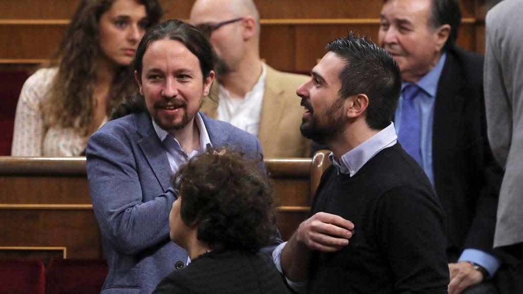 Pablo Iglesias, antes del comienzo del acto en el Congreso