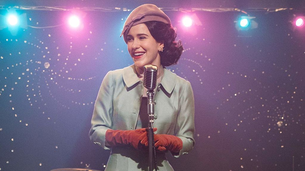 Rachel Brosnahan, nominaa a los Globos de Oro 2019 por 'La maravillosa Sra. Maisel'.