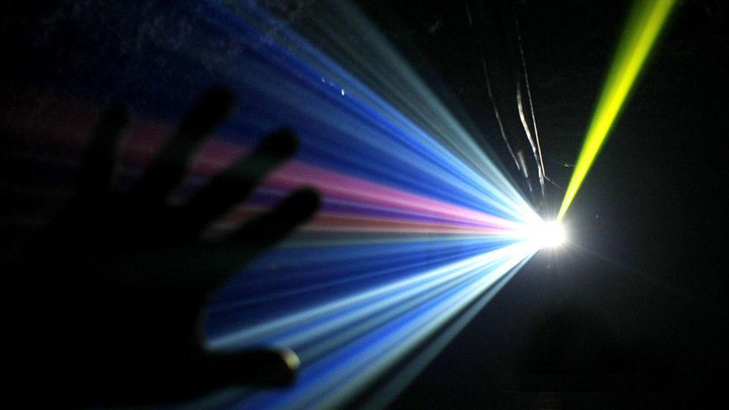 La ciencia explica por qué las personas ven la luz al final del tunel cuando van a morir
