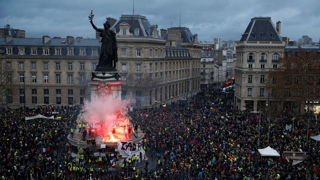 Francia se blinda, pero no evita la violencia: más de un millar de detenidos y decenas de heridos