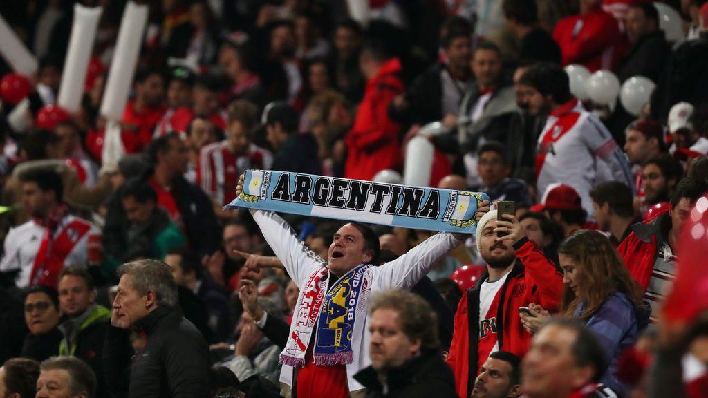 Aficionado de River Plate sufre INFARTO en final de Copa Libertadores