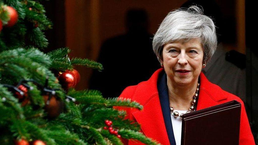 May pospondrá la votación parlamentaria para ir a Bruselas a exigir mejores condiciones