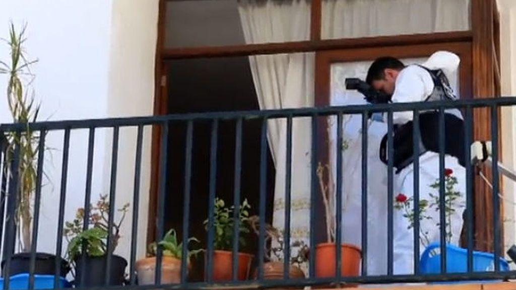 Piden 22 años de cárcel para un hombre acusado de matar a su pareja en el balcón en Mallorca