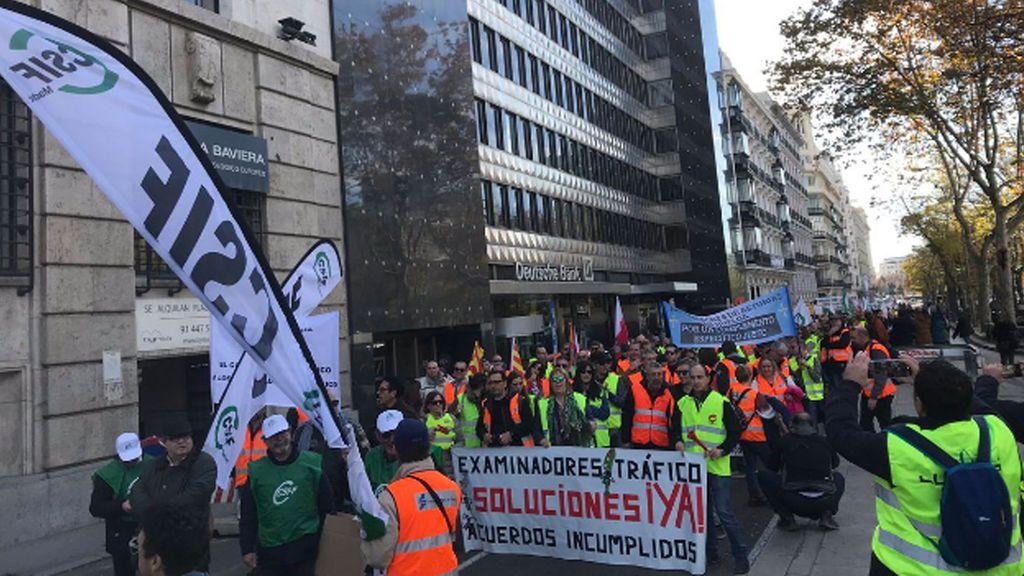 La huelga de los examinadores de tráfico:  Más de 5.000 alumnos sin examinar por un paro anunciado