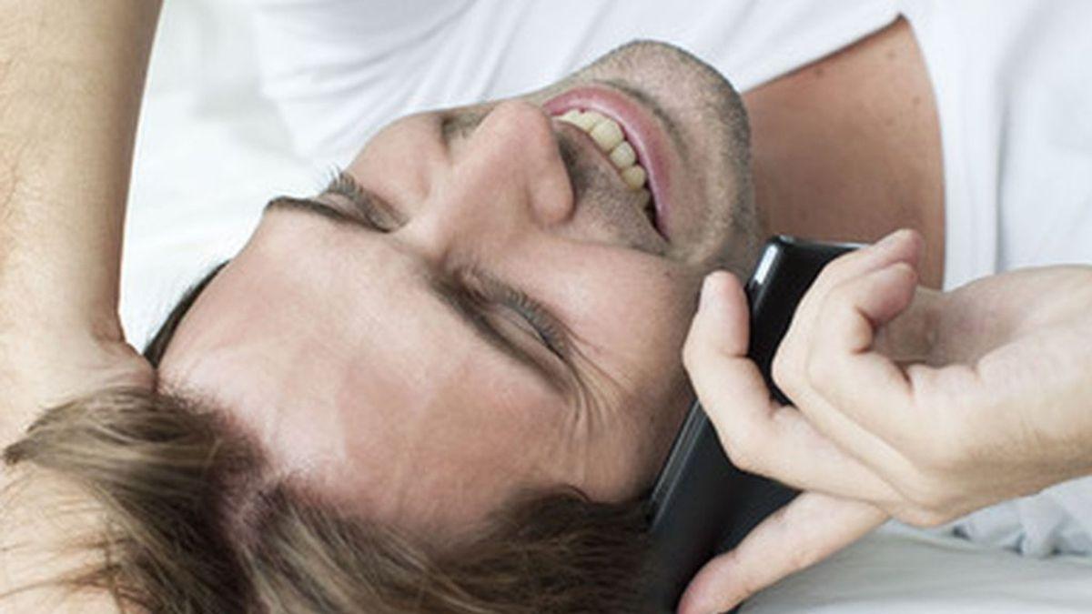 El tono de tu voz influye en la atención que te prestan: si la tienes dulce… peor