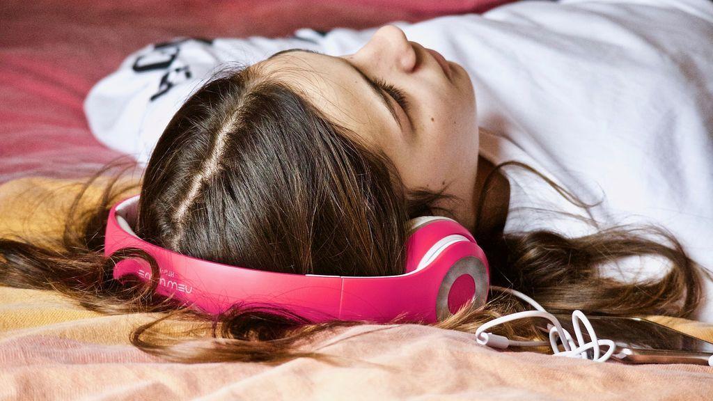 Tus cascos tienen fecha de caducidad: en 2019 llegará una nueva forma de escuchar música