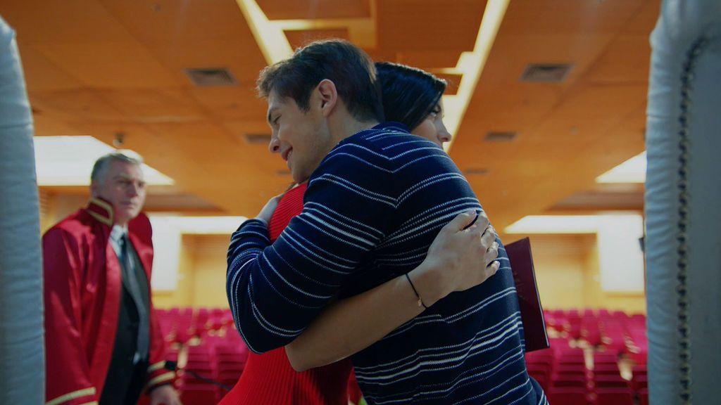 Zeynep y Ozan se casan a espaldas de sus familias