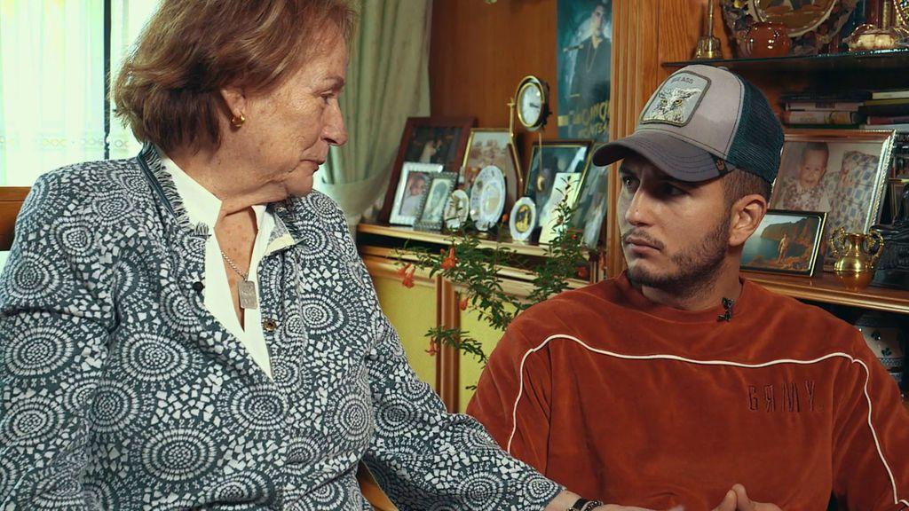 Vivimos junto a Omar un duro momento: su bisabuela está muy enferma (1/2)