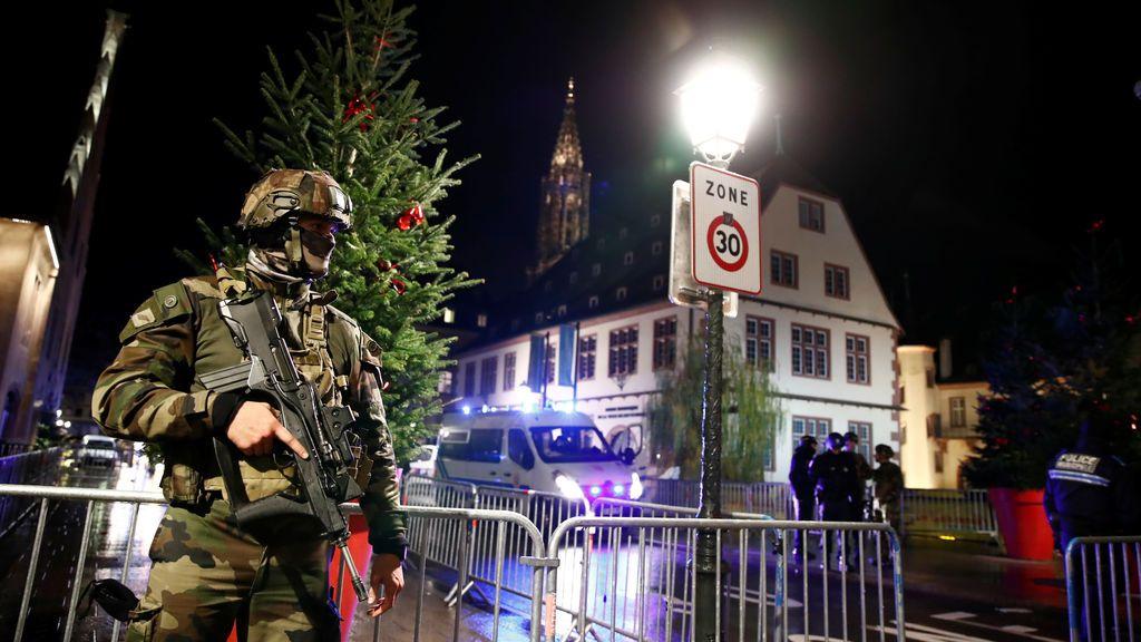 Se refuerza el control policial en todos los mercadillos navideños de Francia tras el tiroteo de Estrasburgo