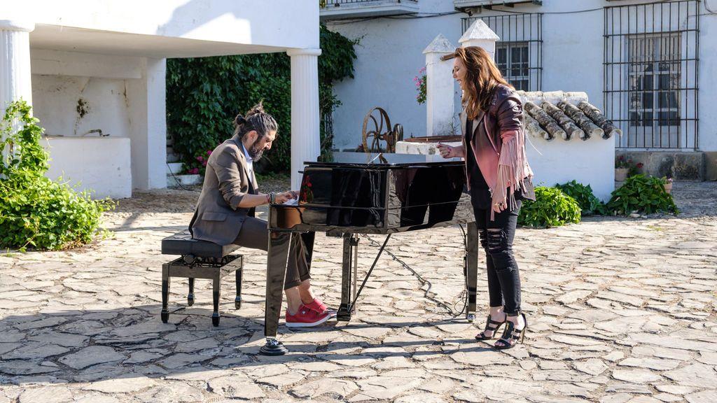 Visita de Niña Pastori a 'Mi casa es la tuya'.