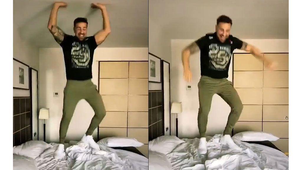rafa-cama-saltando