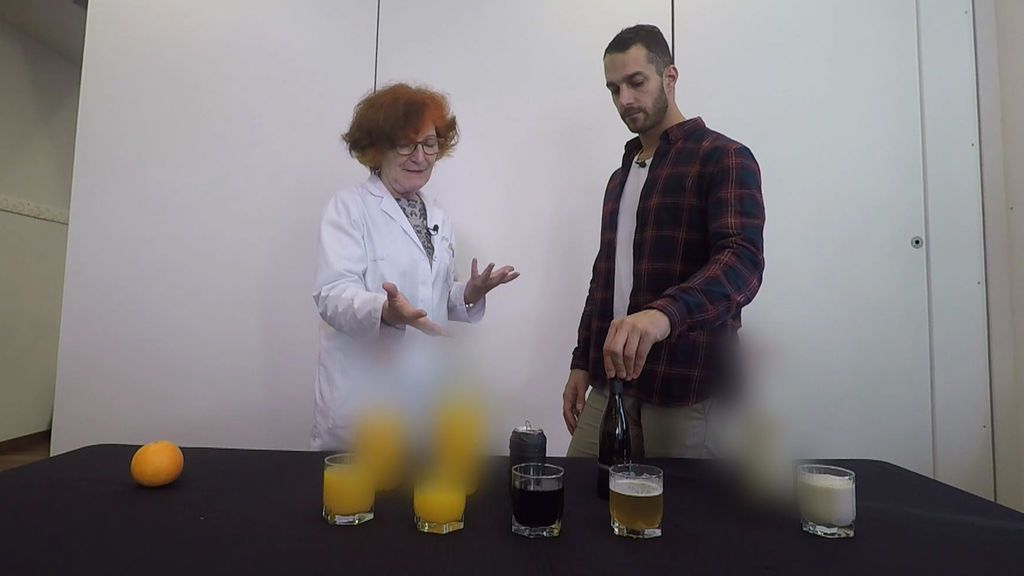 "Clotilde Vázquez, endocrina: ""Para adelgazar es mejor una cerveza que un zumo de naranja natural"""