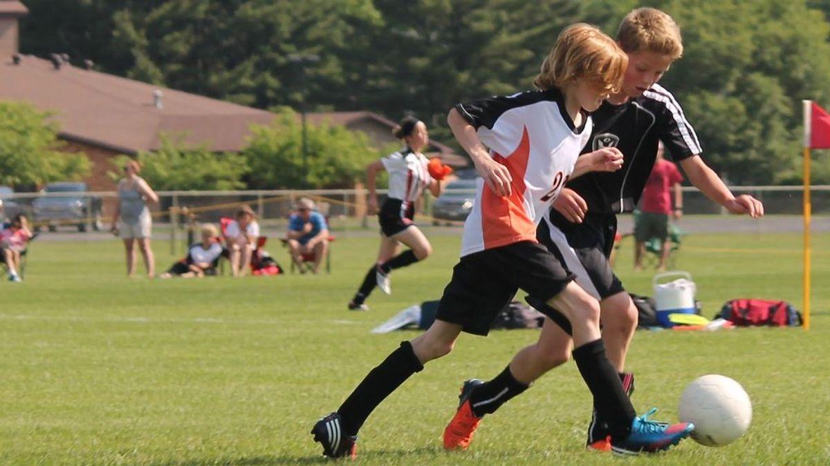 Cómo evitar que tus hijos se lesionen mientras juegan