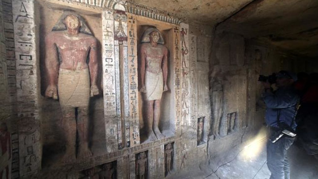 Hallan en Egipto una tumba con 4.400 años de antigüedad